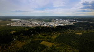 Cenovus Energy has entered into a bought-deal financing agreement to sell 67.5 million common shares at a price of CAD 22.25 per share which could see the company raise over CAD 1.5bn (USD 1.21bn) to proceed with its Foster Creek oil sands development