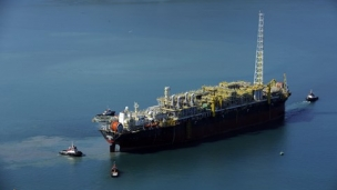 Petrobras' total oil and natural gas production in December, in Brazil and abroad, reached an average of 2.86 million barrels of oil equivalent per day, representing the best result ever achieved in the history of the company