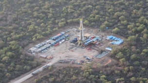 President hits oil and gas at Lapacho x-1 well onshore Paraguay