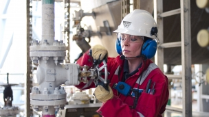 Wood Group PSN has been awarded a new five year contract from EnQuest to provide engineering, design, construction, procurement and commissioning services to the Thistle, Heather and Northern Producer offshore assets in the North Sea
